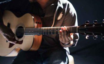 Astuce : apprendre la guitare avec des outils gratuits