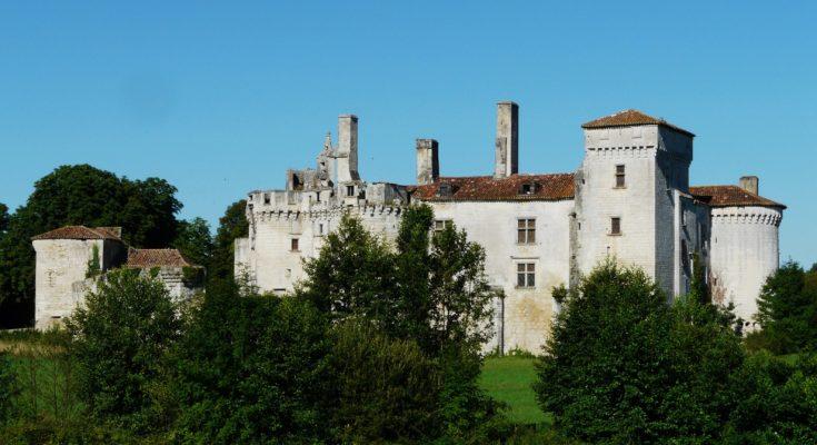 Château de Mareuil en Dordogne
